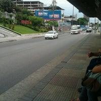 Photo taken at Avenida Constantino Nery by Karoline M. on 3/28/2012