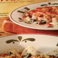 Photo taken at Olive Garden by Daniella H. on 4/6/2012