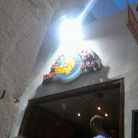 Das Foto wurde bei Bulldog von George V. am 8/4/2012 aufgenommen