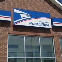 Photo taken at US Post Office by Cynthia H. on 4/19/2012