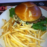 Photo taken at Steak 'n Shake by Jennifer W. on 4/11/2012