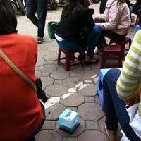 Photo taken at Chè Nhật Minh by YenCoi on 3/24/2012