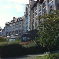 Photo taken at Delta Hotels by Marriott Victoria Ocean Pointe Resort by ITT Wilsons T. on 8/27/2012