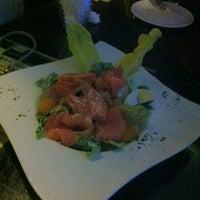 Photo taken at Frienzie Bar & Bistro by Yap E. on 7/5/2012