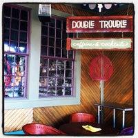 Foto scattata a Double Trouble Caffeine & Cocktails da Justice T. il 6/29/2012