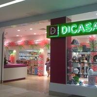 Photo taken at Empório Dicasa by Elizandra C. on 4/14/2012