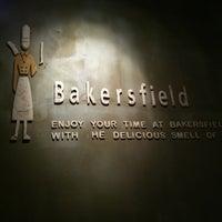 รูปภาพถ่ายที่ Bakersfield โดย Abdullah A. เมื่อ 6/24/2012