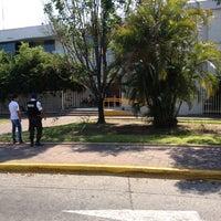 Das Foto wurde bei Secretaría de Movilidad von Marteeno S. am 5/29/2012 aufgenommen