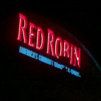 Photo taken at Red Robin Gourmet Burgers by David B. on 1/5/2013
