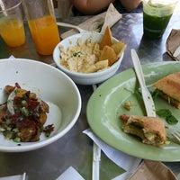 Photo taken at Greenleaf Gourmet Chopshop by Jiwon L. on 5/18/2013