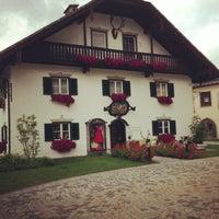 Das Foto wurde bei Schloss Fuschl Resort & Spa, Fuschlsee-Salzburg von Julia B. am 7/11/2013 aufgenommen