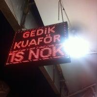 Photo taken at Gedik Kuaför by Ya Herro Ya Merro on 5/14/2014