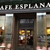 Das Foto wurde bei Café Esplanad von Leonid G. am 1/10/2013 aufgenommen