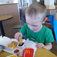 Photo taken at McDonald's by Sara 🌼 S. on 3/17/2014
