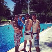 Photo taken at tck yüzme havuzu by Sercan S. on 7/13/2014
