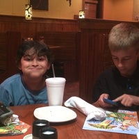 Photo taken at Outback Steakhouse by Steven D. on 4/25/2014