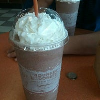 Photo taken at Dunkin Donuts by Melina H. on 6/19/2016