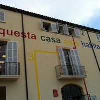 7/18/2013 tarihinde Olga C.ziyaretçi tarafından Centre Cívic del Guinardó'de çekilen fotoğraf