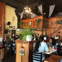 Foto scattata a Sassafras American Eatery da Xin R. il 8/10/2018