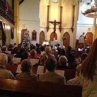 Foto tomada en Iglesia Luterana de La Santa Cruz en Valparaíso por Andres G. el 12/24/2012