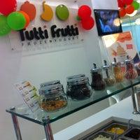 Photo taken at Tutti Frutti by Boy S. on 7/4/2013
