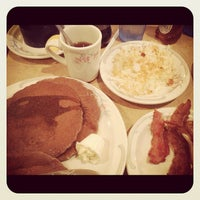 Photo taken at Family Pancake House by レン 久. on 12/1/2012