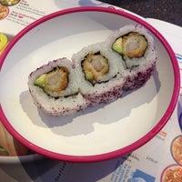 Photo taken at YO! Sushi by Noelia G. on 9/26/2014