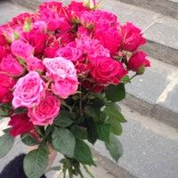 Photo taken at Просто цветы by Полина С. on 8/31/2014