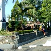 Photo taken at Alun - Alun Demak by Mukti W. on 7/30/2017