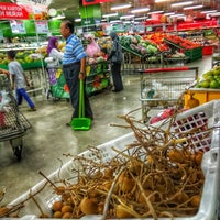 Photo taken at LotteMart Wholesale by Dian R. on 5/25/2017