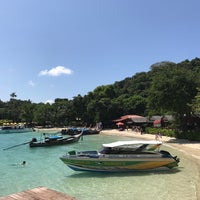 Photo taken at Phi Phi Natural Resort by Zheshen J. on 11/17/2016