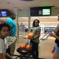 Photo taken at Paradise Lanes by Ilka R. on 7/27/2013