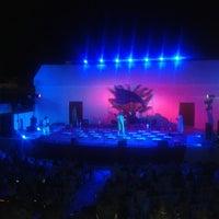 Photo taken at Théâtre De Plein Air De Boukornine by Aymen B. on 7/31/2014