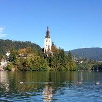 Photo prise au Blejsko Jezero / Lake Bled par Ayca I. le9/21/2014
