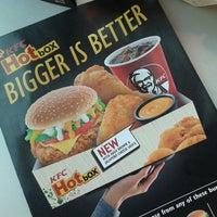 Photo taken at KFC by Hayatti R. on 10/13/2013