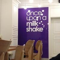 Photo taken at once upon a milkshake by Daniel. 기학 on 7/13/2013