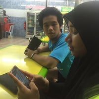 Foto diambil di Salam Corner Taman Maju oleh Saiful A. pada 11/13/2015