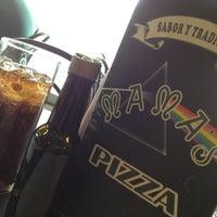 Foto tomada en Mama's Pizza por Law 🇲🇽 el 5/4/2013