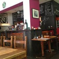 Das Foto wurde bei Antonello's Cevicheria & Street Food von Jayasurian am 9/30/2015 aufgenommen
