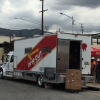 Photo taken at In-N-Out Burger Truck by Sean R. on 5/24/2016