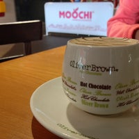 Photo taken at Oliver Brown Chocolaterie by Koichi K. on 7/16/2013