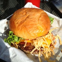 Photo taken at Park Burger by Michael N. on 7/26/2013
