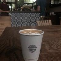 Das Foto wurde bei Mañana Coffee & Juice von Ben M. am 9/3/2018 aufgenommen