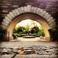 Photo prise au Carl Schurz Park par Kerry C. le6/20/2013