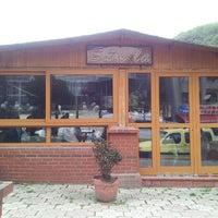 Photo taken at Sümela Cafe&Restaurant by Ramazan B. on 4/13/2014