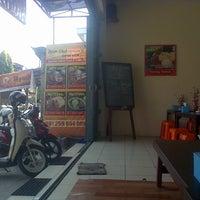 Photo taken at Ayam Cobek & Sayur Asem Prabowo by Enne M. on 6/14/2014