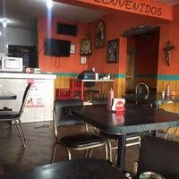 Photo taken at Tacos Don Juanito by Ruth V. on 2/24/2017