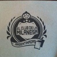 Photo taken at El Club de la Milanesa by Liz L. on 4/21/2013