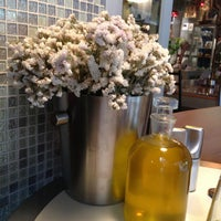 5/9/2013 tarihinde Demet O.ziyaretçi tarafından Fes Cafe'de çekilen fotoğraf