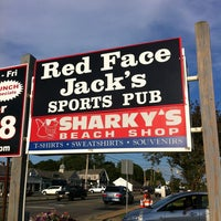 Photo taken at Red Faced Jacks by Marie-Josée C. on 7/30/2013